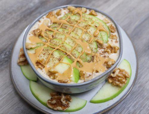 Almond Apple Pie Smoothie Bowl Recipe