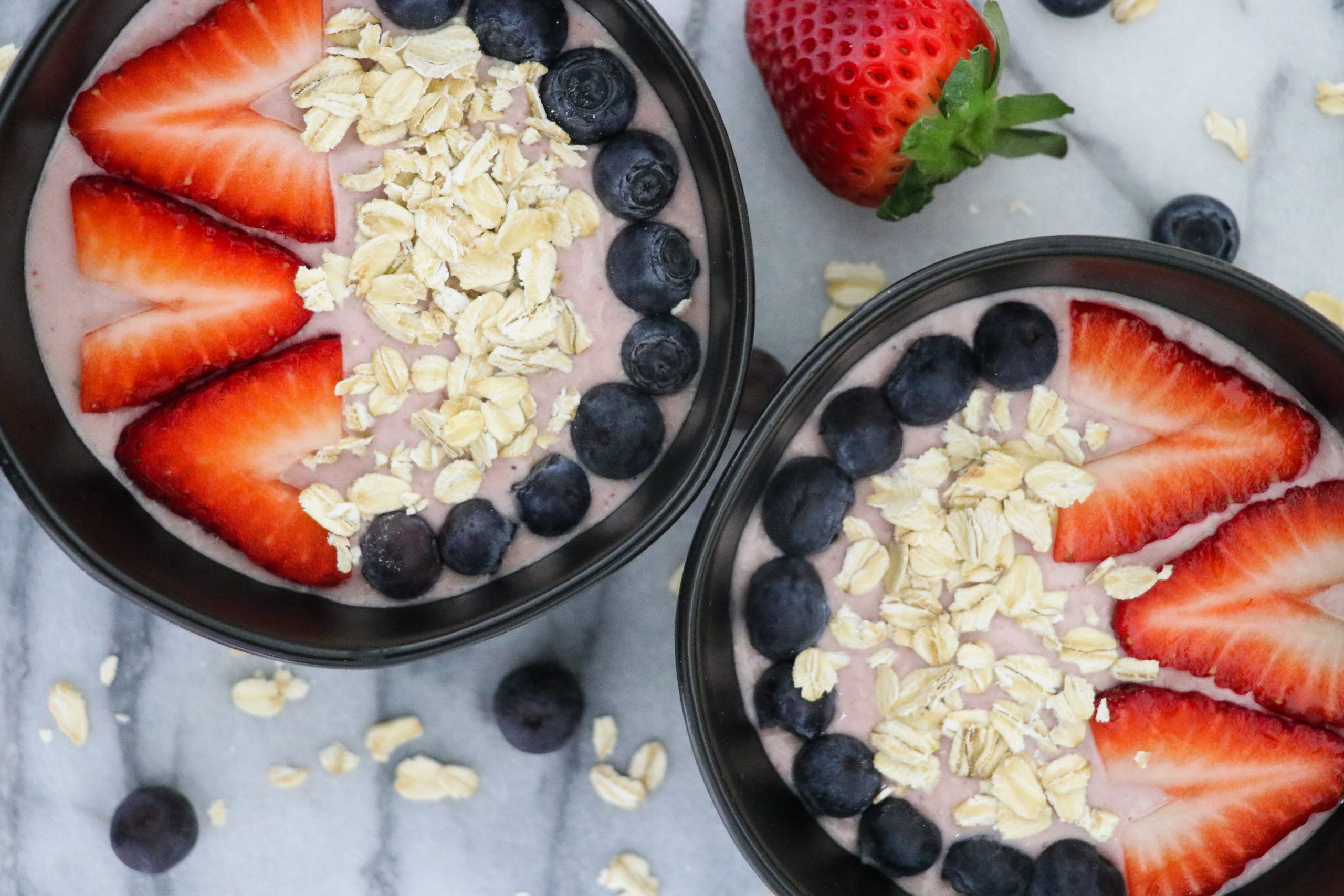 Strawberry Almond Oatmeal Bowl