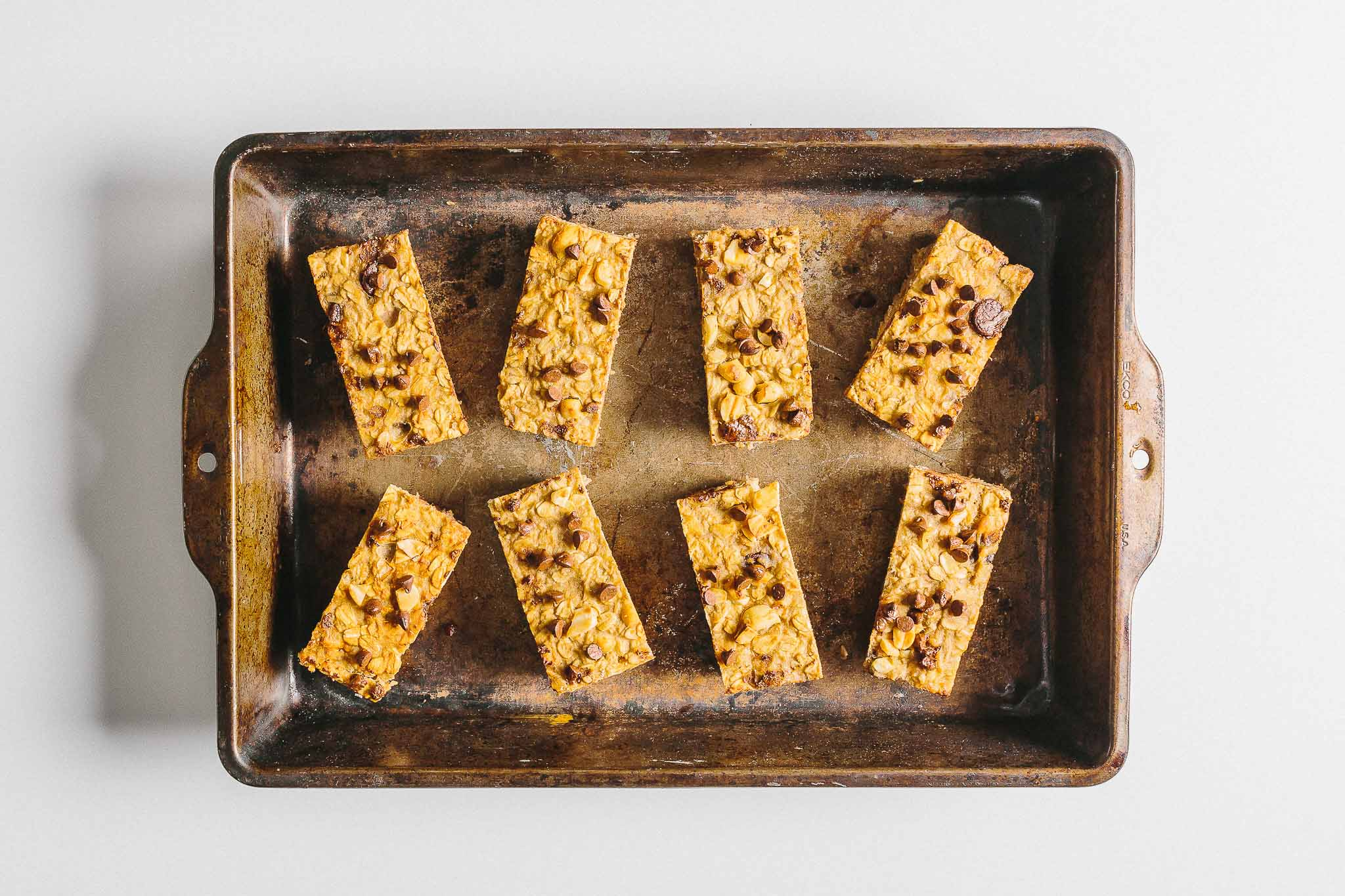 Peanut Butter Banana Granola Bars: Looking for something grab-n-go? This simple snack combines the flavor of banana bread with a bit of crunch.