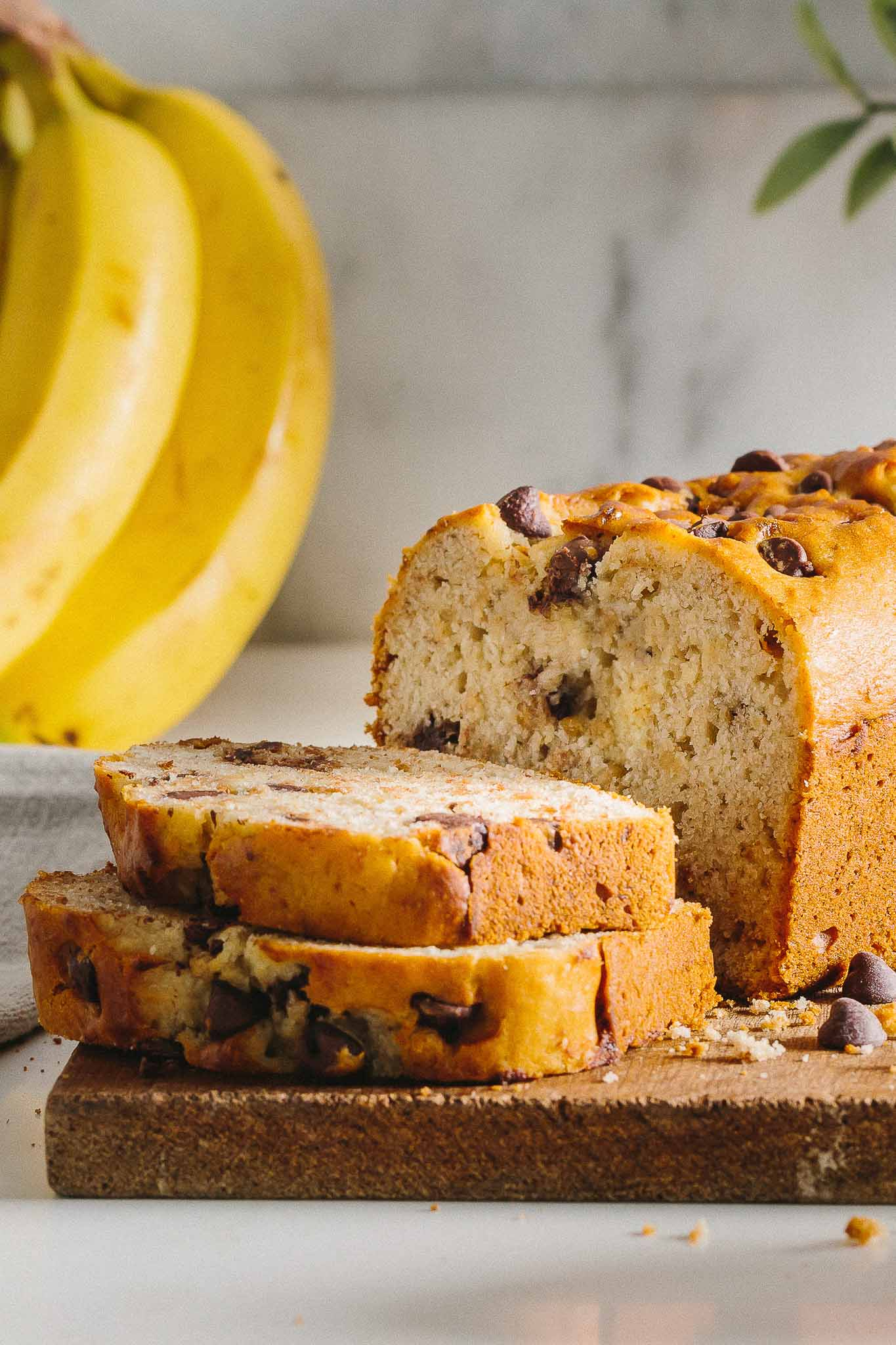 Gluten-Free Banana Bread: This gluten-free banana bread is moist, delicious and perfect for an easy snack or breakfast on the go.
