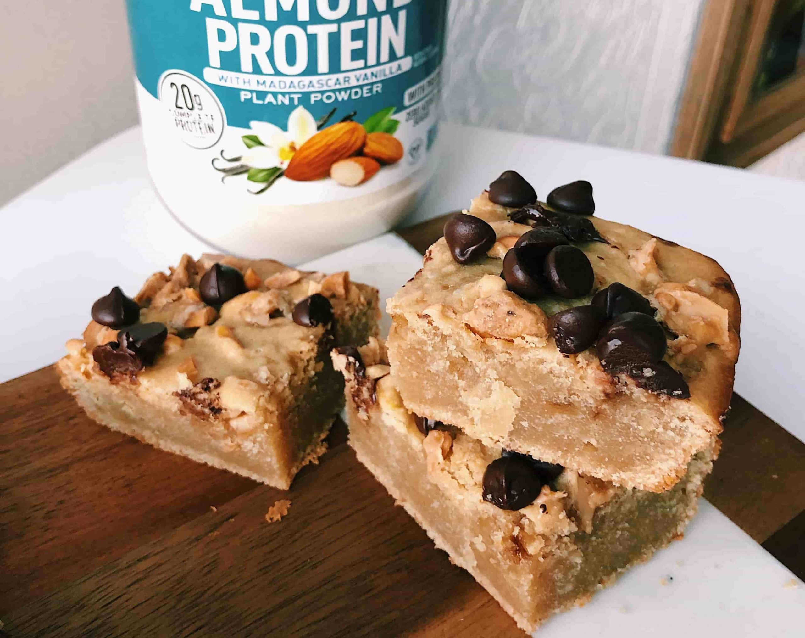 salted vanilla almond butter blondies